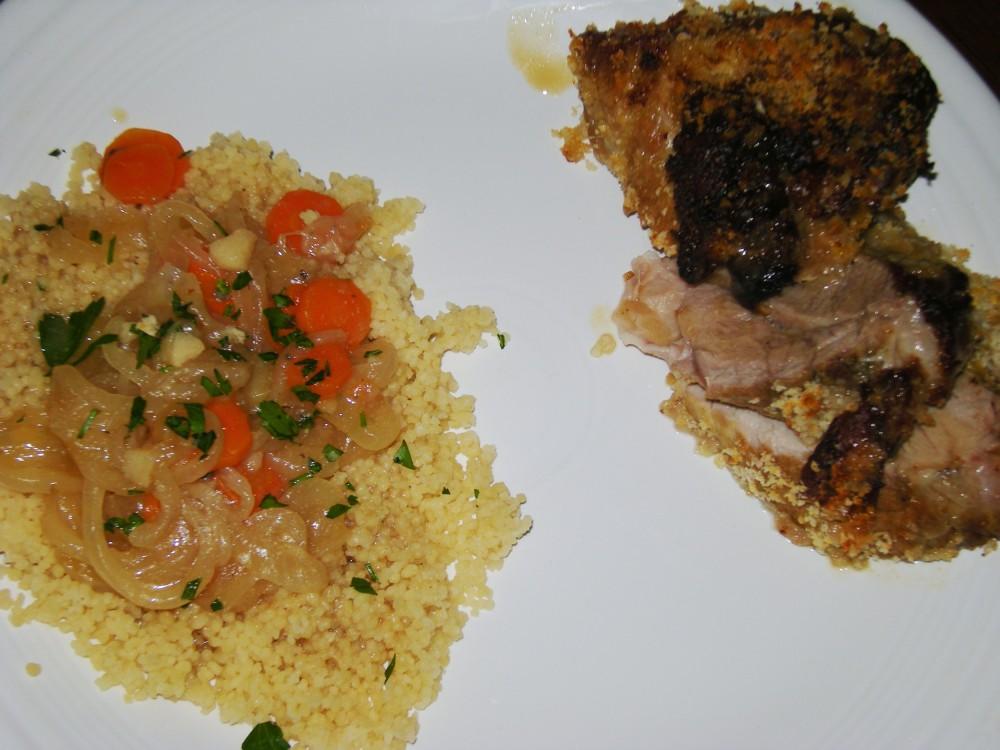 Pallette de porc à la bière, avec du couscous et des légumes braisés